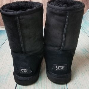 UGG black mid calf boots size 8
